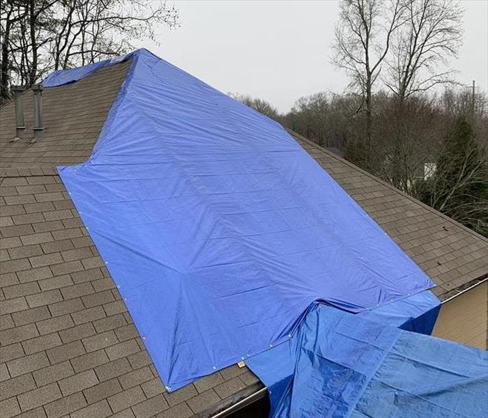 emergency roof tarping