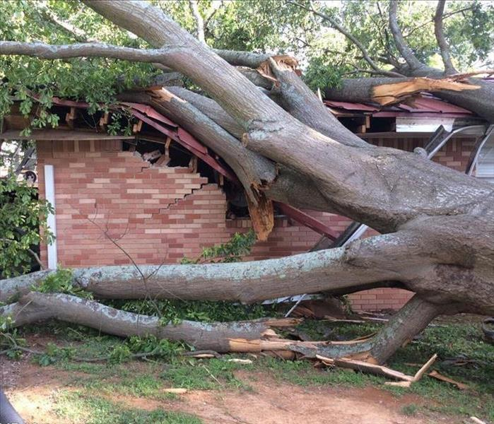 Storm Damage SERVPRO Professionals are Kennesaws' Storm Damage Experts